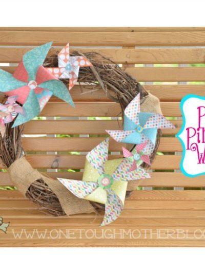 DIY Paper Pinwheel Summer Wreath