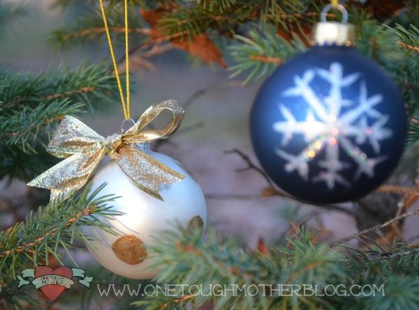 Create your own custom set of gorgeous designer Christmas ornaments with inexpensive bulbs, a little glitter and glue, and some creativity!