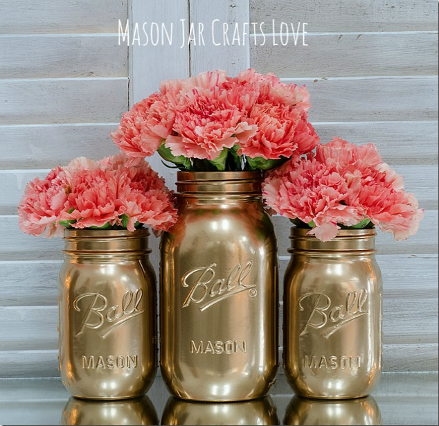 Gold Mason Jars  |  Mason Jar Love