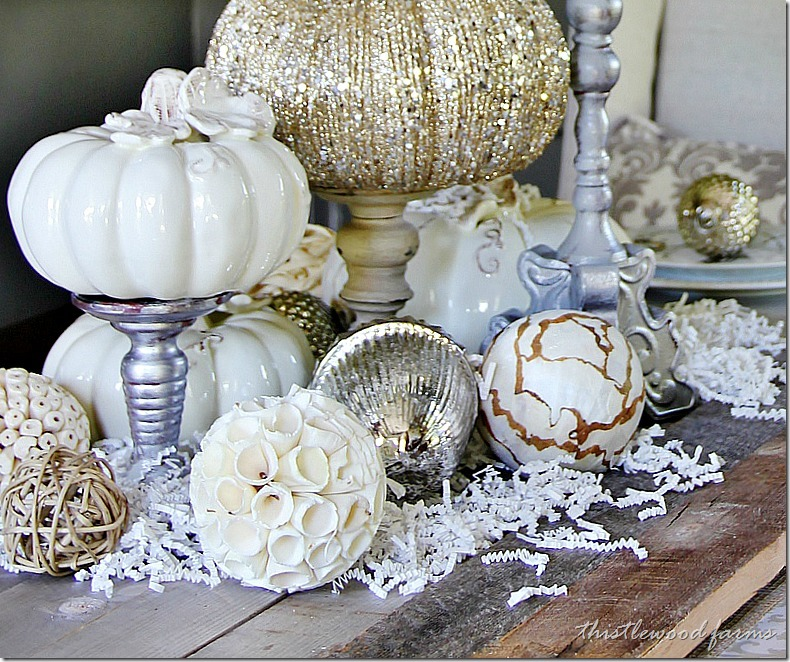 fall-decorating-ideas-for-the-dining-room-table_thumb