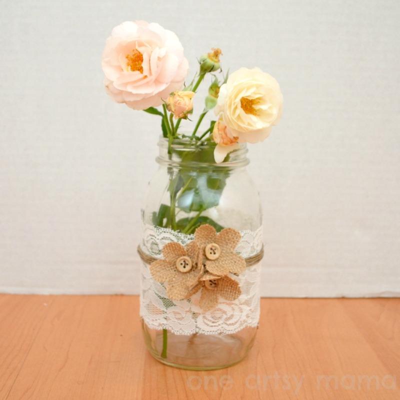Mason Jar Vase  |  One Artsy Mama