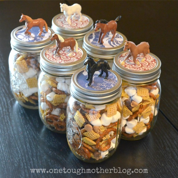 Horse-Themed Party Favors