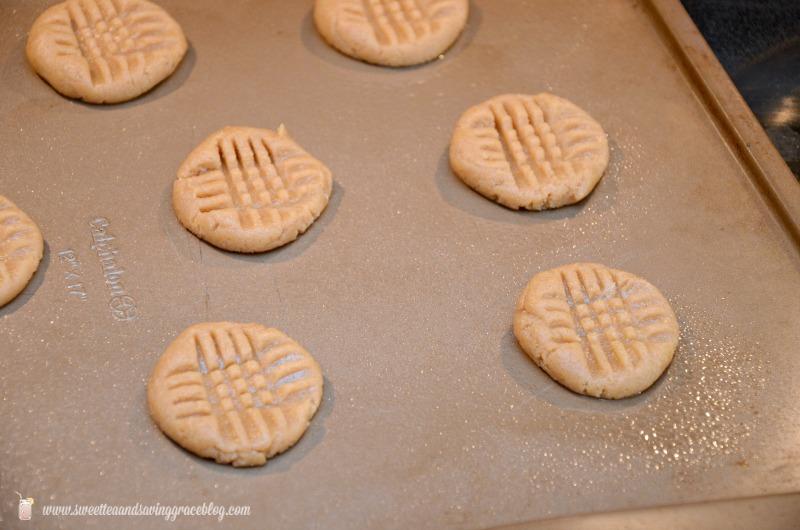 3 Ingredient Peanut Butter Cookies  |  Sweet Tea & Saving Grace
