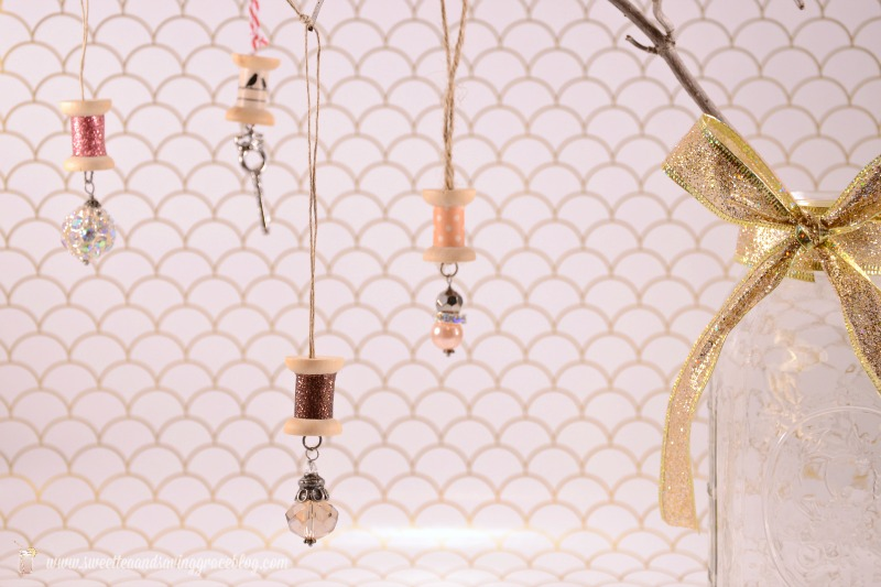DIY Sparkle Spool Ornaments