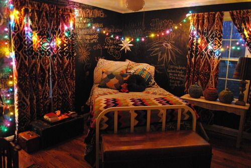 Boho Vintage Grunge Chic Bedroom Plans Yes It S A Thing