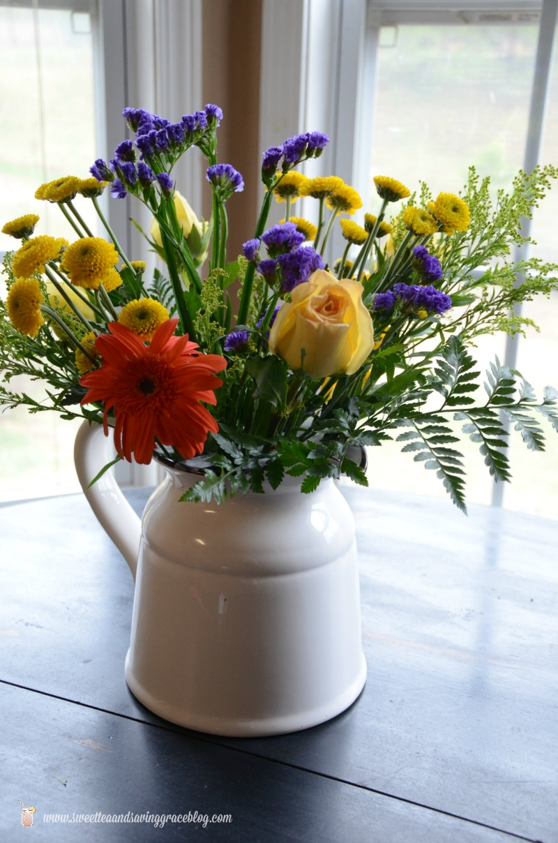 Create a Beautiful Bouquet with Grocery Store Flowers