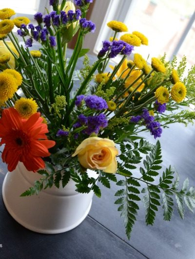 How to Create a Bouquet from Grocery Store Flowers