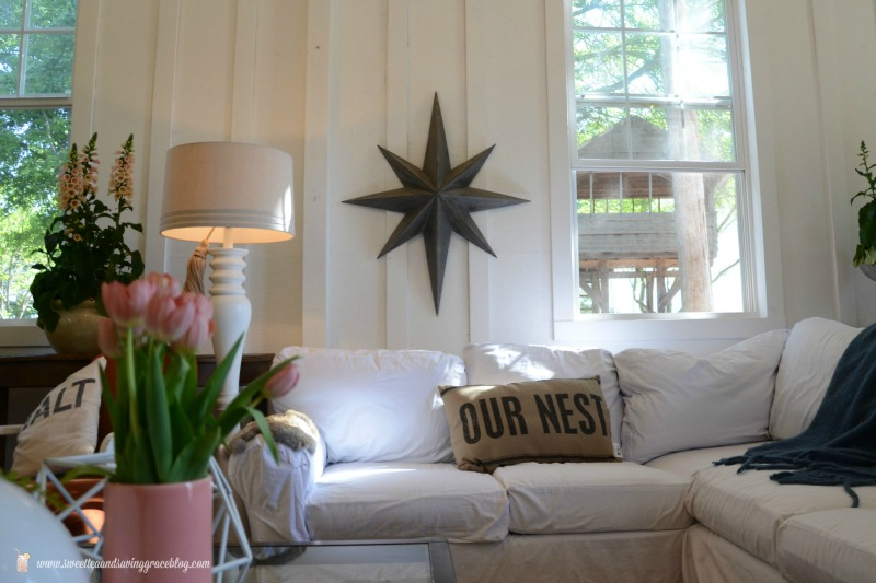 Learning to be a cozy minimalist cozy minimalist living room for Cozy minimalist living room