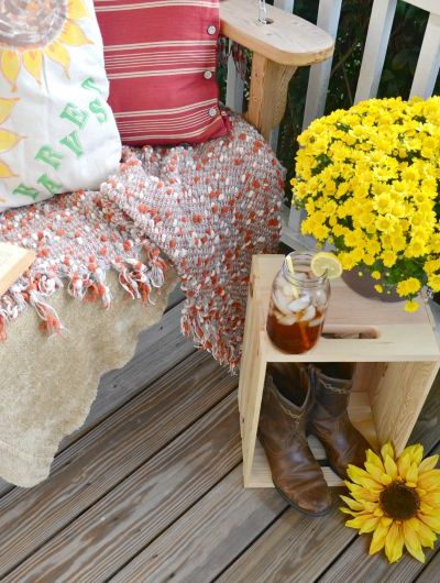 The Making of a Fall Front Porch