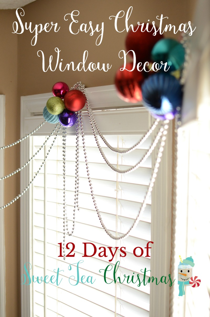 Dress up your windows with a quick & easy Christmas window decoration! Seriously, it