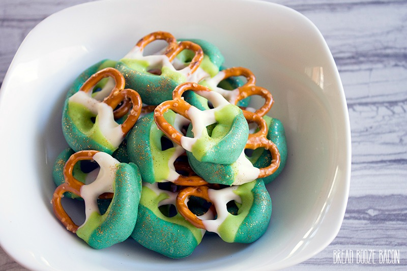 Green Ombre Dipped Pretzels are an easy to make treat that's perfect for St. Patrick's Day!
