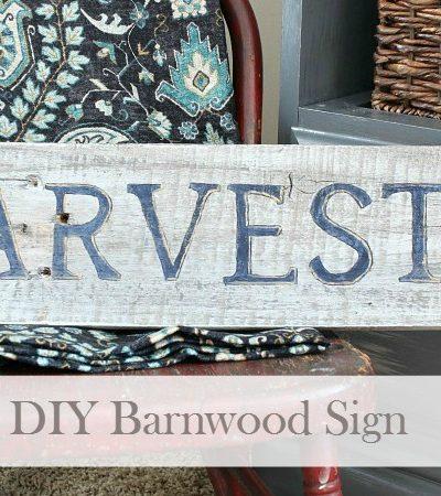 DIY Hand Lettered Barnwood Sign