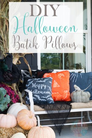 Make you own batik Halloween pillows with this simple wax resist dye technique!