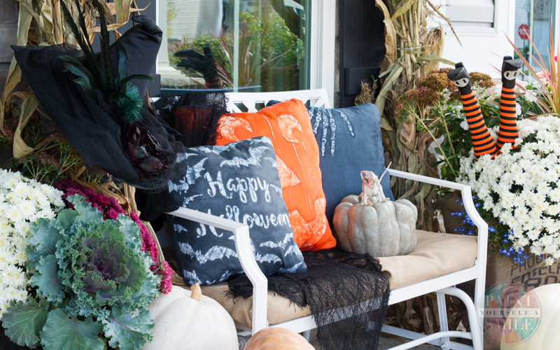 Make you own Halloween pillows with a simple wax resist dye technique!