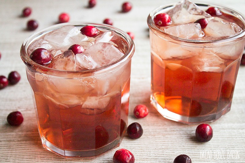 This Cran-Apple Fizz is an easy-to-make cocktail that's perfect for all your holiday parties!