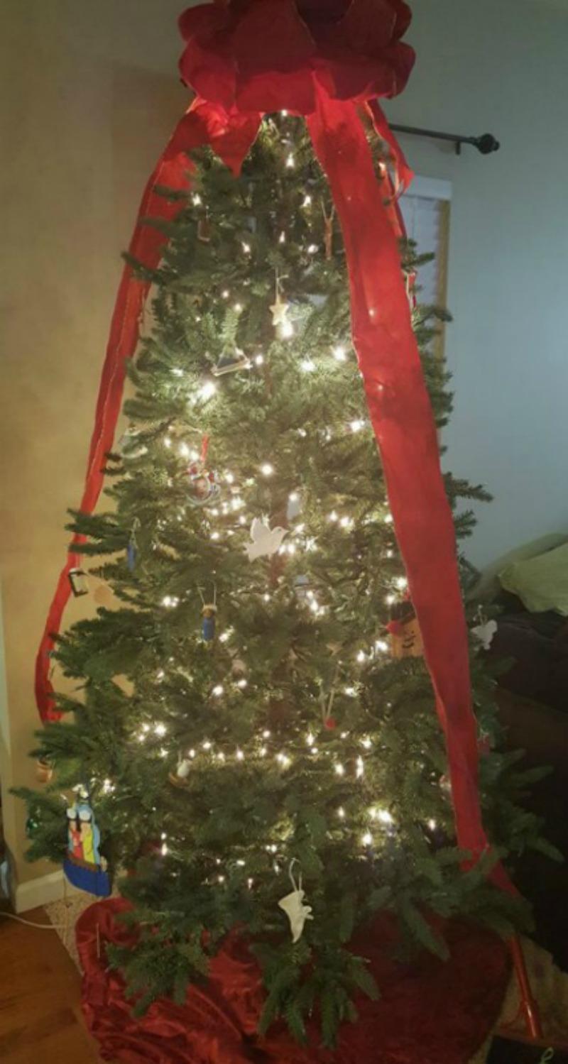 Christmas Tree, The light of Jesus