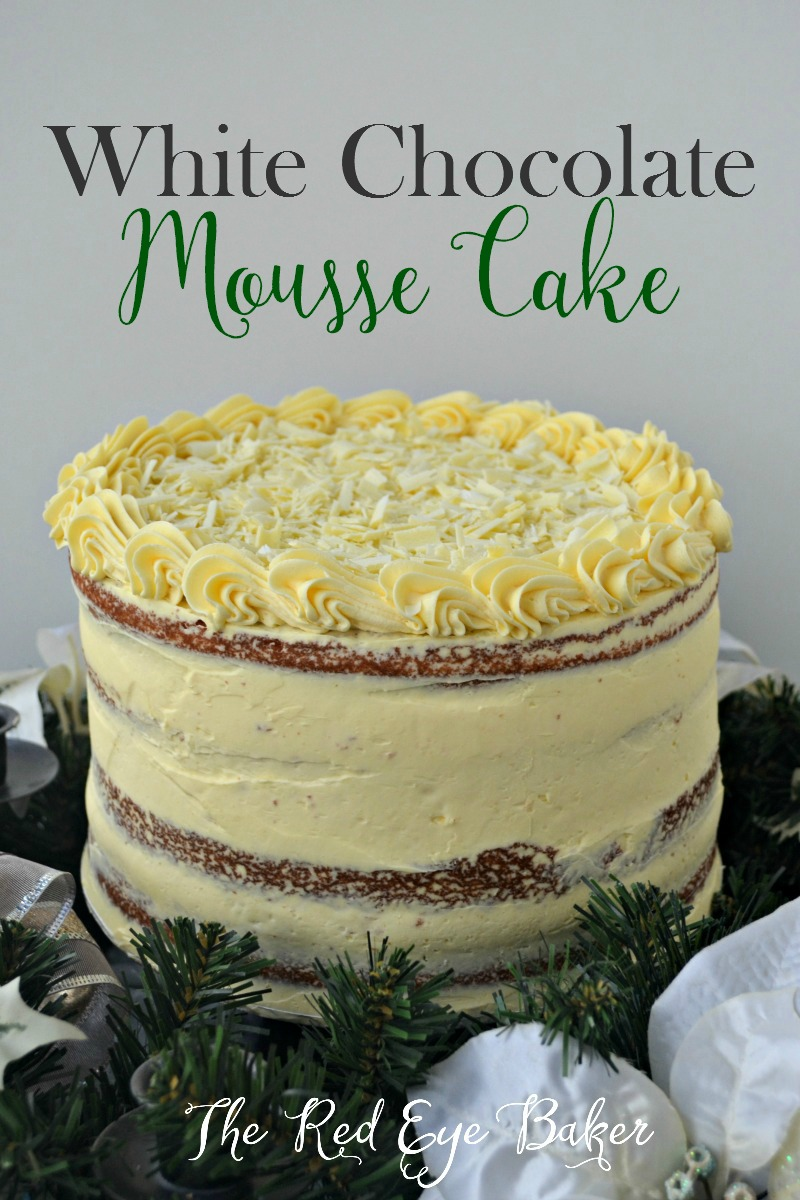 Vanilla cake with white chocolate mousse filling