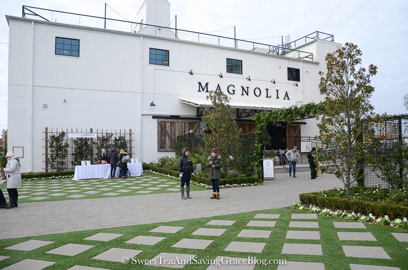 Experience Christmas at the Silos at Magnolia Market! See the silos all lit up in their Christmas finest, Magnolia Market and the gorgeous displays, and Harp Design Co. and the Harp House!