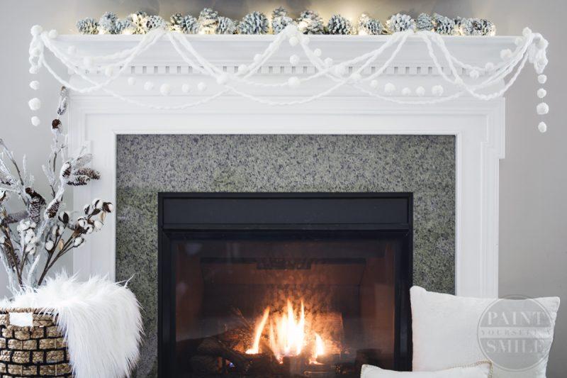 DIY Pom Pom Winter Garland