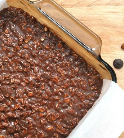 No-Bake Chocolate Almond Oat Bars