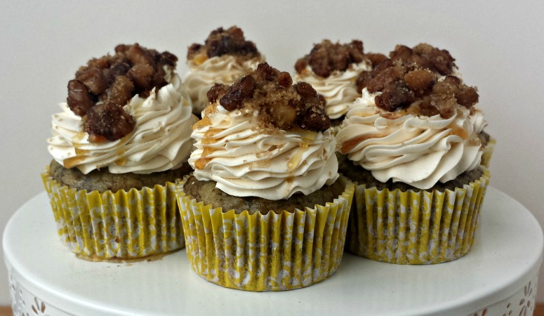 Banana Walnut & Maple Cupcakes | Banana Walnut & Maple Cupcakes... banana walnut cake, delicious maple buttercream, topped with a sweet and salty walnut topping. Breakfast in a cupcake!