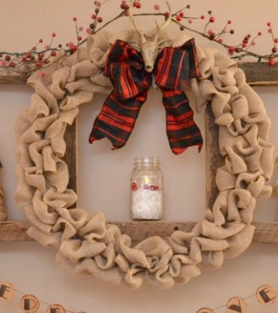 How to Make a Burlap Christmas Wreath