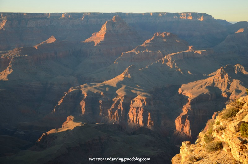 The Grand Canyon is one of the most spectacular sights in the US. Spend an entire day, from early morning through sunset, along the North Rim.